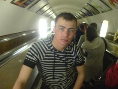 Антон, 24 года, рост - 174 см, худощявого телосложения - x_d2061ccd.jpg