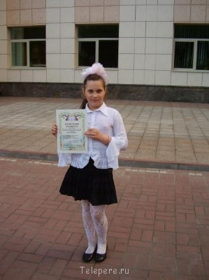 Умная и артистичная девочка,любит участвовать в шоу и драйв  - P1250024.jpg