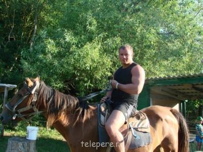 Алексей, рост 180, размер одежды 54. 1980 г. 8 915 007 15 14 - W9nSkNsGJKU.jpg
