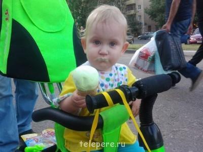 Маленька но очень весёлая и послушная девочка - Фото0116.jpg